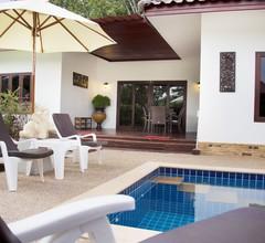 Villa mit privatem Pool in Banburi 2