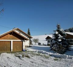 Gemütliches Ferienhaus nahe des Skilifts in Petersthal 2