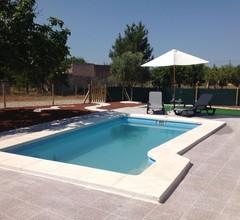 Ländliches Ferienhaus für 6-8 Pers. Klimaanlage, Swimmingpool, WLAN, Tischtennis 1