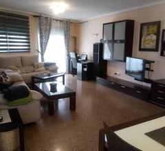 Geräumige Wohnung mit Pool. Ganz in der Nähe von Valencia. (4,5 km) 2