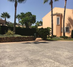 Luxuriöses Stadthaus mit 3 Schlafzimmern in der Nähe von Benehavis & Puerto Banus 1