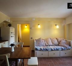 """""""Mas Blanc"""": wunderschöne mittelmeerische Villa im Bcn mit Garten und Schwimmbad. Für Barcelona entdecken mal ganz anders 1"""