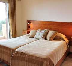 Perfect for those seeking countryside tranquility, walks and sun  Casa Paddock 1