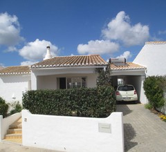 A comfortable, two bedroom villa with FREE WIFI and internet TV 1