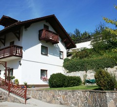 Gemütliches Ferienhaus nahe einem Wald in Saldenburg 1