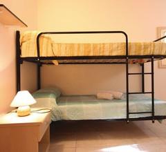 3 Zimmer Unterkunft in Briatico VV 1