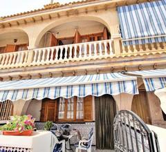 3 Zimmer Unterkunft in Santa Pola 1