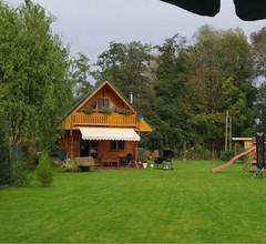 Idyllische Holzhütte mit Wasserzugang und Sauna 2
