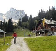 Großzügige, einladende Ferienwohnung bei Füssen im Allgäu, Nähe Schloss Neuschwanstein, DSL (WLAN) incl 2