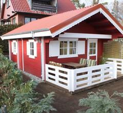 Gemütliches Ferienhaus in Strandlage für 4 Personen nur 100m zur Badestelle 1
