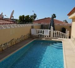 Villa Sueño Azul mit privatem Pool, Meerblick, Terrasse, Wifi, 450 m zum Strand 2