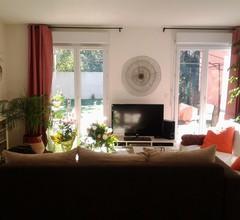 Angenehmes klimatisiertes Haus mit Garten 2