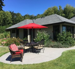 Country Bay Manor, privates Bed & Breakfast am Meer am Ufer der Nanoose Bay 1