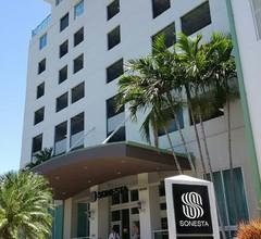 Renovierte 10. Etage: Private Einheit im Coconut Grove Hotel! 2