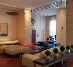 Renovierte 10. Etage: Private Einheit im Coconut Grove Hotel! 1