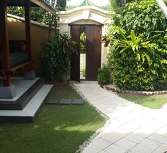 Das Nachdenken über Bali. Wir besitzen die beiden besten 2-BR Villen in Emerald Villas Complex 1