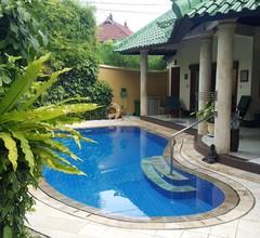 Das Nachdenken über Bali. Wir besitzen die beiden besten 2-BR Villen in Emerald Villas Complex 2
