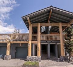 Taluswood - renovierte 2-Zimmer und eine eigene Garage 2