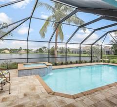 Schönes Haus am See mit privatem Pool, Whirlpool und möblierte Veranda 2