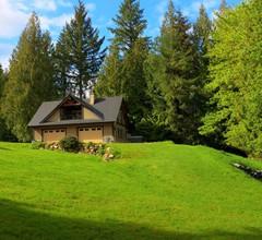 Modernes Kutschenhaus auf 5 bewaldeten Morgen 1
