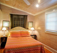 Louisa House: Ein Komfortables Vier-zimmer-ferienwohnung mit Versteck 1