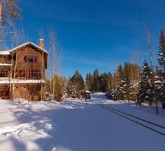 5 Bett / 5. 5 Bath Ski-in Ski-out Lodge auf dem Granitgrat 1