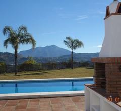 Finca, Villa mit großem, Pool auf einem 10.000 m² großen Grundstück in atemberaubender Landschaft 2