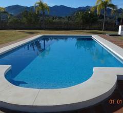 Finca, Villa mit großem, Pool auf einem 10.000 m² großen Grundstück in atemberaubender Landschaft 1