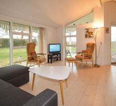 2 Zimmer Unterkunft in Borre 2