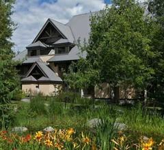 Modern Lagoons Studio im Herzen von Whistler Village 2