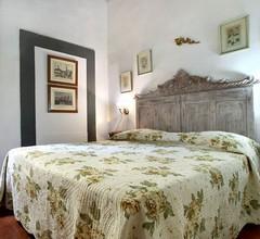 Ponte Vecchio Apartment 1