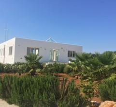 Eine moderne Villa zwischen Manduria, Sava und Campomarino in einer ruhigen Umgebung 1