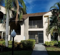 Roelens Vacations- Charter Club Condo Fort Myers 2