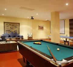 Moderne Villa in Estepona mit eigenem Pool 2