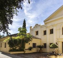 Moderne Villa in Estepona mit eigenem Pool 1