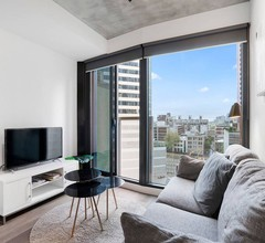 Lovely And Excellent Location 2BR In Melb CBD 1