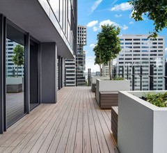 Lovely And Excellent Location 2BR In Melb CBD 2