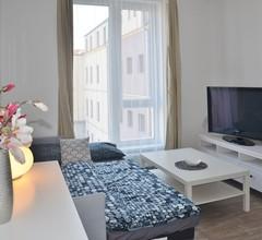 Schöne Wohnung im Zentrum (bis zu 4 Gäste) 1