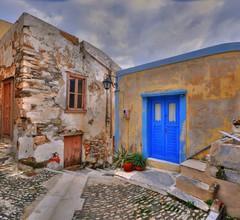 """Traditionelles mittelalterliches Steinhaus in """"Ano Syros"""" 2"""