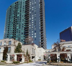 Simply Comfort. Gorgeous Apt North York 2