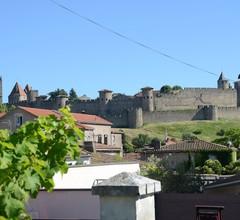 Atemberaubendes Apartment mit privatem Garten und Blick auf die mittelalterliche Stadt Carcassonne 1