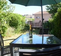 Atemberaubendes Apartment mit privatem Garten und Blick auf die mittelalterliche Stadt Carcassonne 2