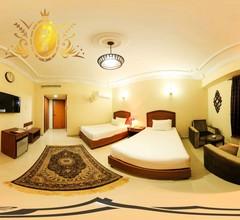 Hotel Crown Inn 2