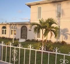 5 Sterne Luxushaus 4 Betten 3 Toiletten im Herzen von Miami 1