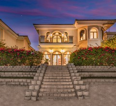 Schöne Villa mit Meerblick auf der Palm Jumeirah 1