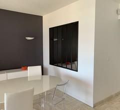 Wohnung in Residenz in 1. Linie mit Meerblick 1