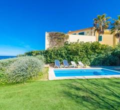 YourHouse Escull - Chalet mit direktem Strandzugang und privatem Pool 2