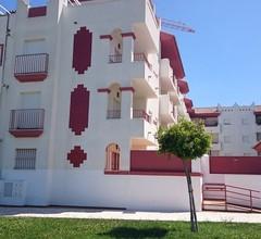 Ausgezeichnete Wohnung in Rota, mit Pool, WLAN und Garage 1