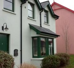 Das Ferienhaus liegt nur einen kurzen Spaziergang vom beliebten Dorf Glandore in West Cork entfernt 2