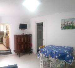 Appartamento con giardino,terrazza e garage a due passi dal mare LT-0486 2